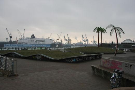 Fliegender Teppich im Park Fiction  Foto im Hamburg Web