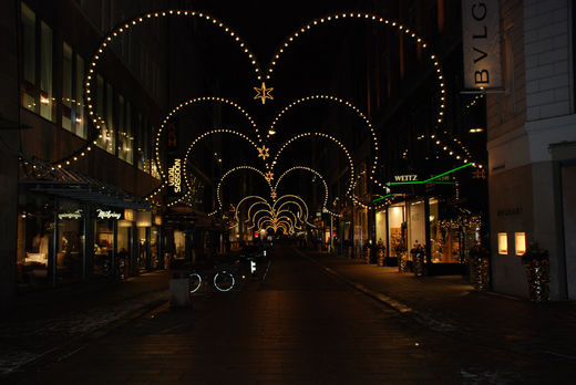Neuer Wall Weihnachtsbeleuchtung.Neuer Wall Weihnachtsbeleuchtung Foto Im Hamburg Web