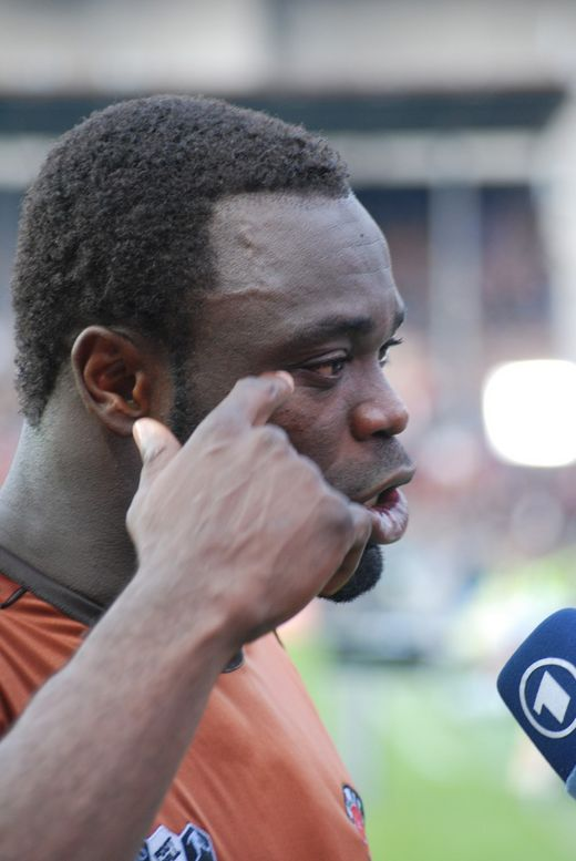 Gerald Asamoah beim Interview