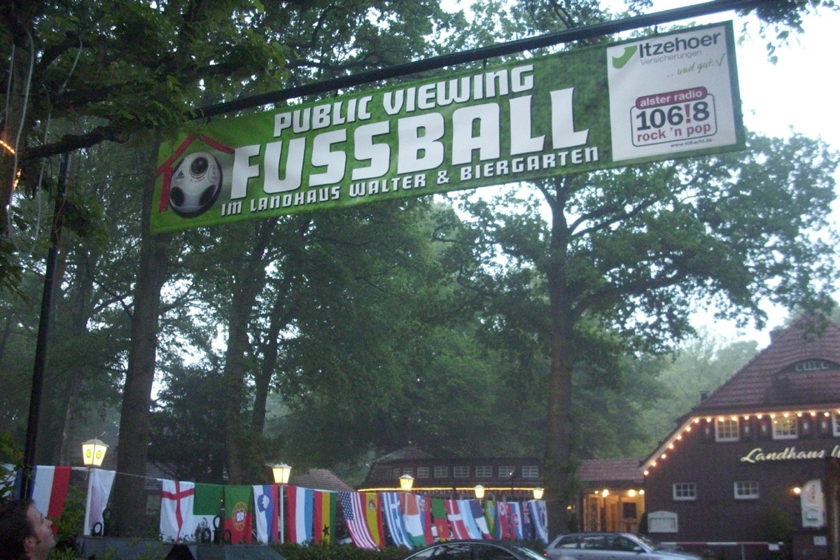 Public Viewing Landhaus Walter zur WM 2010 - Foto im