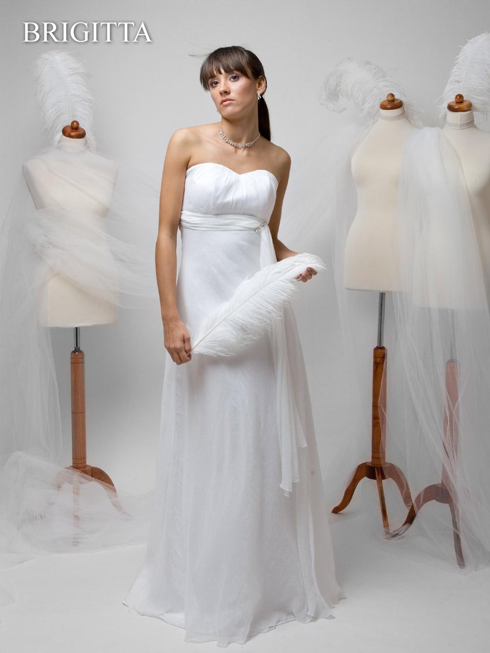 Brautkleid Schlicht  hochzeitskleidz