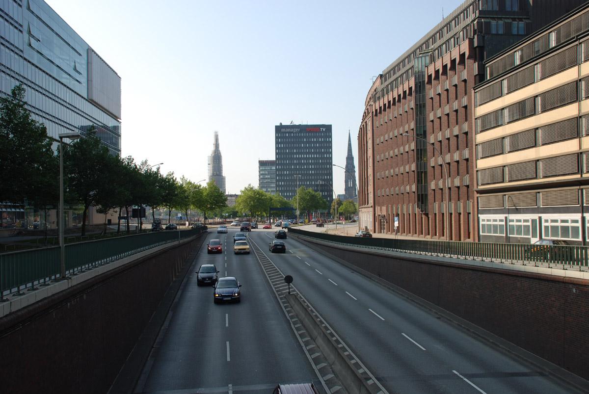 Willy Brandt Strasse - Foto im Hamburg Web