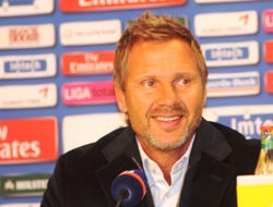 Optimistischer Thorsten Fink