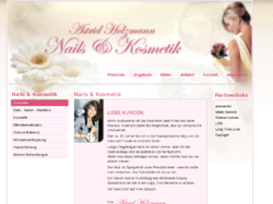 Nails und Kosmetik Astrid Holzmann